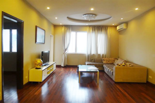Apartment with lake view for rent in 172 Ngoc Khanh street,3 bedrooms