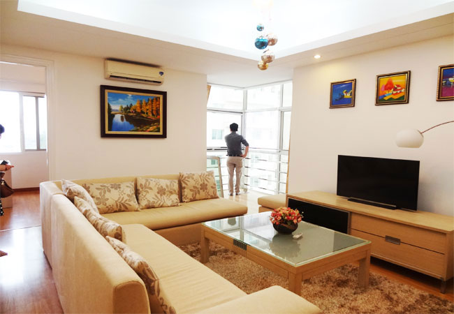 Beautiful apartment in E4 building Ciputra for rent