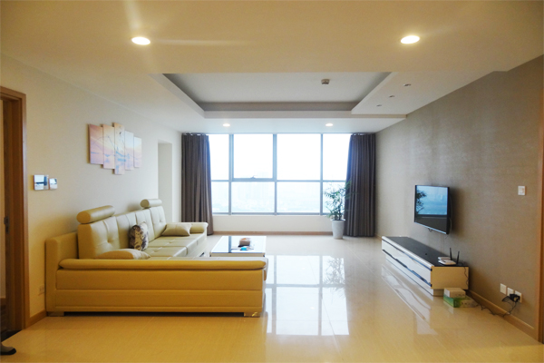 Luxury apartment for rent in Thang Long number one,4 bedrooms