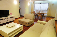 Nice apartment for rent in Hai Ba Trung street