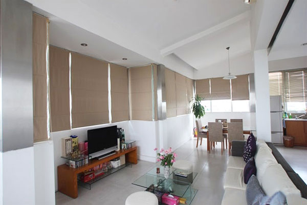 Penthouse duplex apartment in Nguyen Truong To, near Truc Bach lake