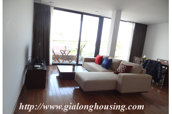 Xom Chua lakefront serviced apartment