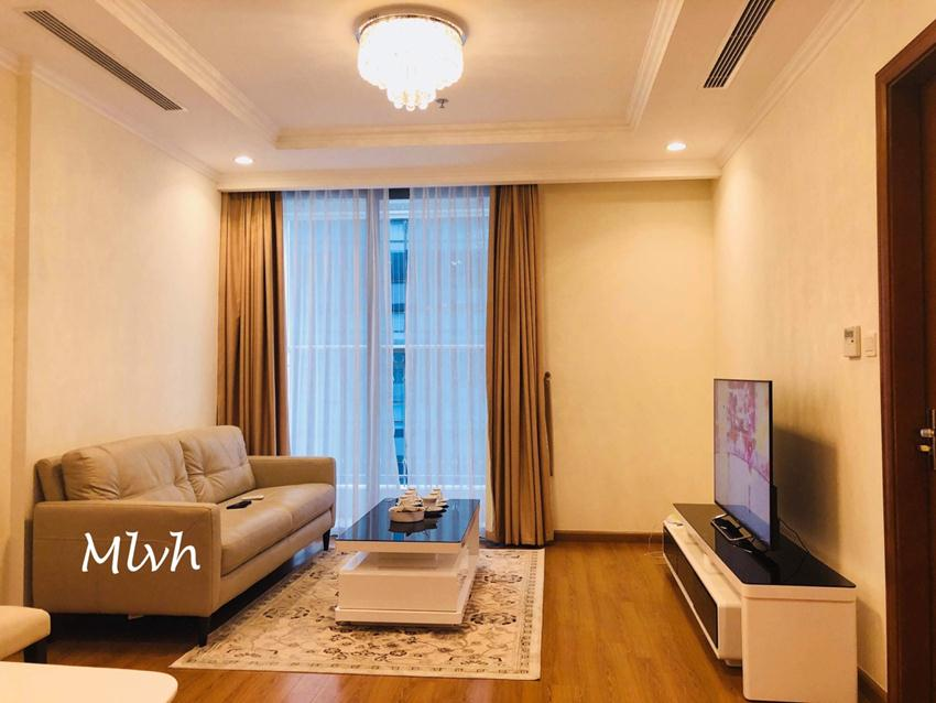 2 bedroom furnished apartment in Vinhomes, Nguyen Chi Thanh street