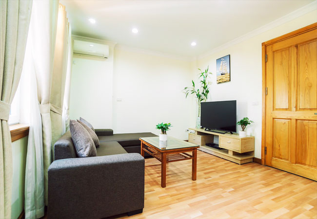 Apartment for rent in KIm Ma street, ba Dinh district