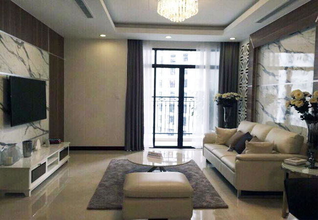 Apartment with contemporary design in R3 Royal City