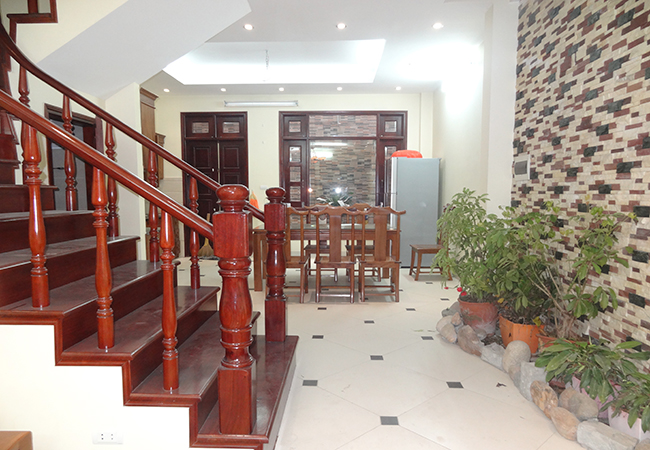 Attractive house with 4 bedrooms, Hoang Hoa Tham street