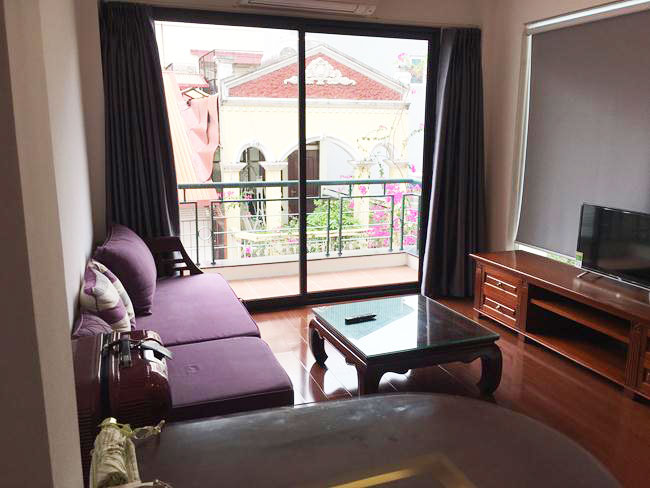 Fully furnished serviced included apartment in Linh Lang