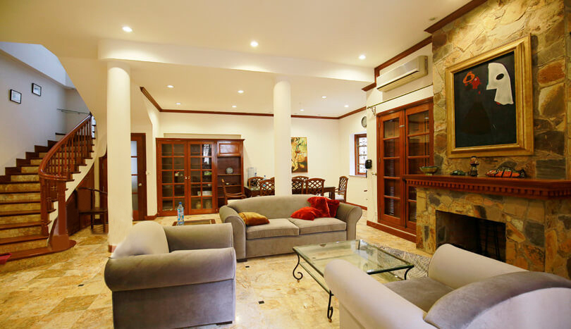 Gorgeous villa in Ton Duc Thang, Ba Dinh for rent