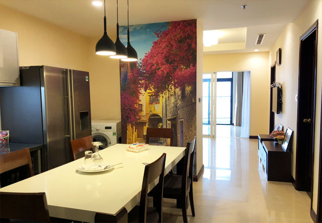 Rental furnished 3 bedroom apartment in Royal city Hanoi