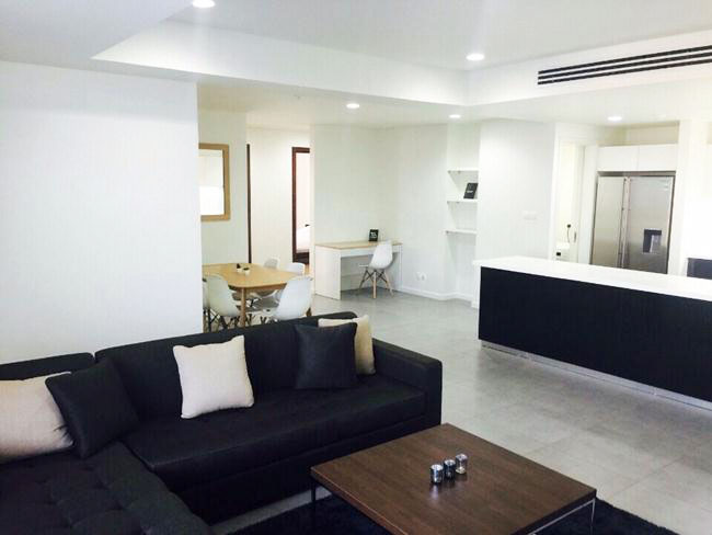 Three bedroom apartment in middle floor of Watermark